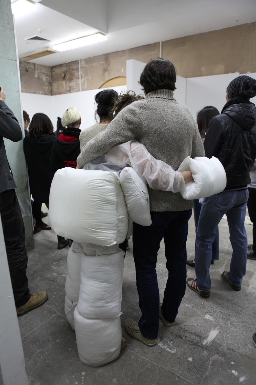 Hakuna your Tatas, 2013  Performance  Pillow Suit, vanilla scent  2 Hours  photo: Jens Lichtenberger