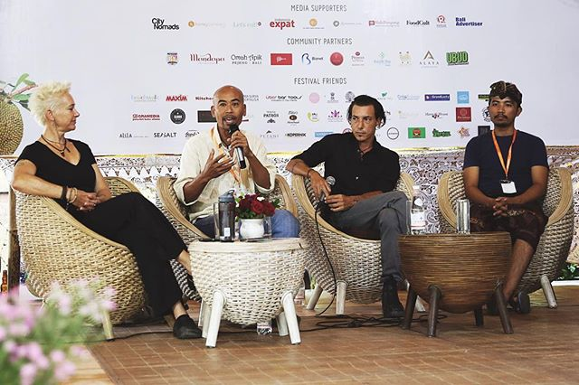 Currently enjoying the first of the 3-day Ubud Food Festival in Bali. As well as exploring some of the diversity of Indonesia's rich culinary heritage, we have the opportunity to listen to many leaders as they share their thoughts and experiences.  Janur Yasa @moksaubud Penelope Williams @alilamanggis and Tri Sutrisna @wanaprasta all advocated the importance of seasonality in regards to our food supply and sustainable food production, as well as discussing the challenges. #uff2017 #sustainability #seasonalfood #seasonaleating #foodstories #ubud #provenance #growingfood #paddocktoplate #farmtofork #culinary #heritage