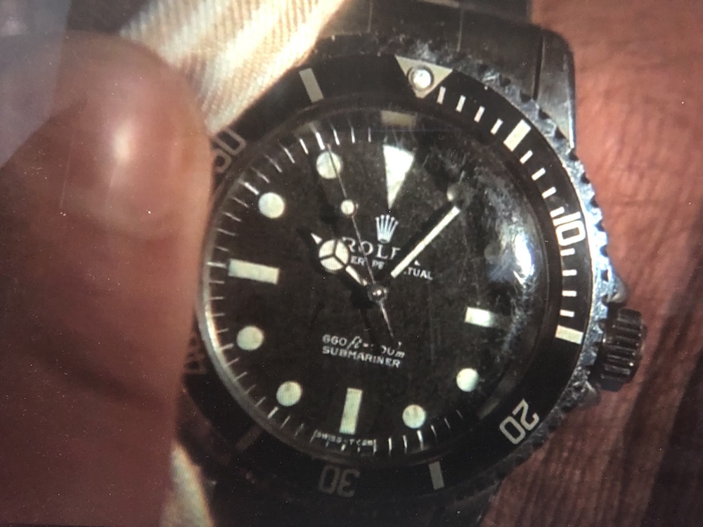 Although first seen as a gadget in the 1973 James Bond movie 'Live and Let Die', in the 1974 'The Man with the Golden Gun' , the Rolex Submariner Ref.5513 received a full screen shot lasting several seconds.