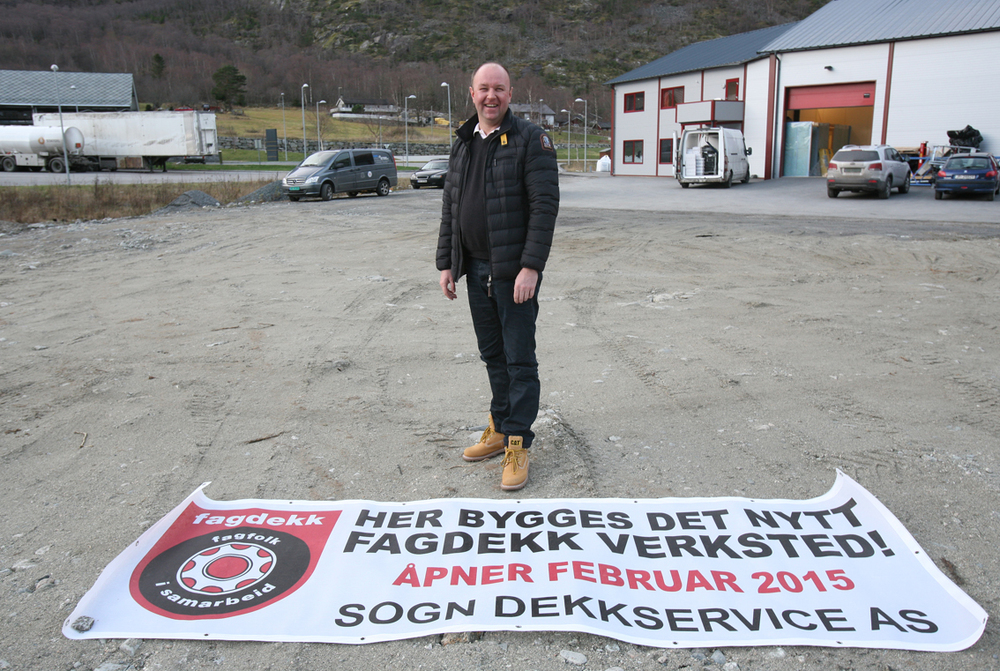 Jan Turlid flyttar dekkverksemda si frå Aurland til Lærdal. Foto: Odd Helge Brugrand