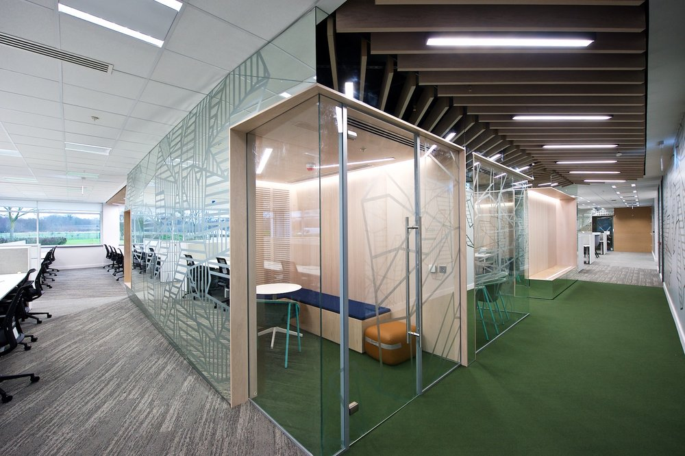 027 Hewlett Packard Enterprise - fitout.ie.jpg