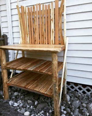 Cedar Post Potting Bench