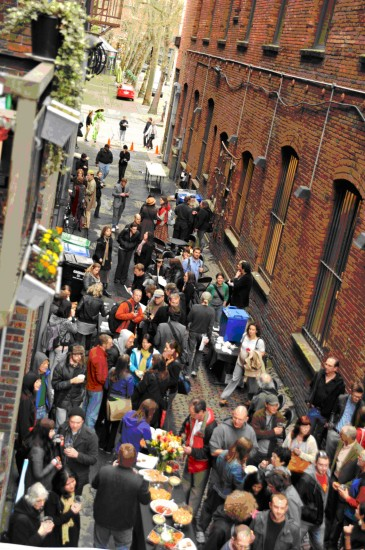 1-Nord-Alley-party-from-above-by-Mira-Poling-owned-by-ISI1-365x550