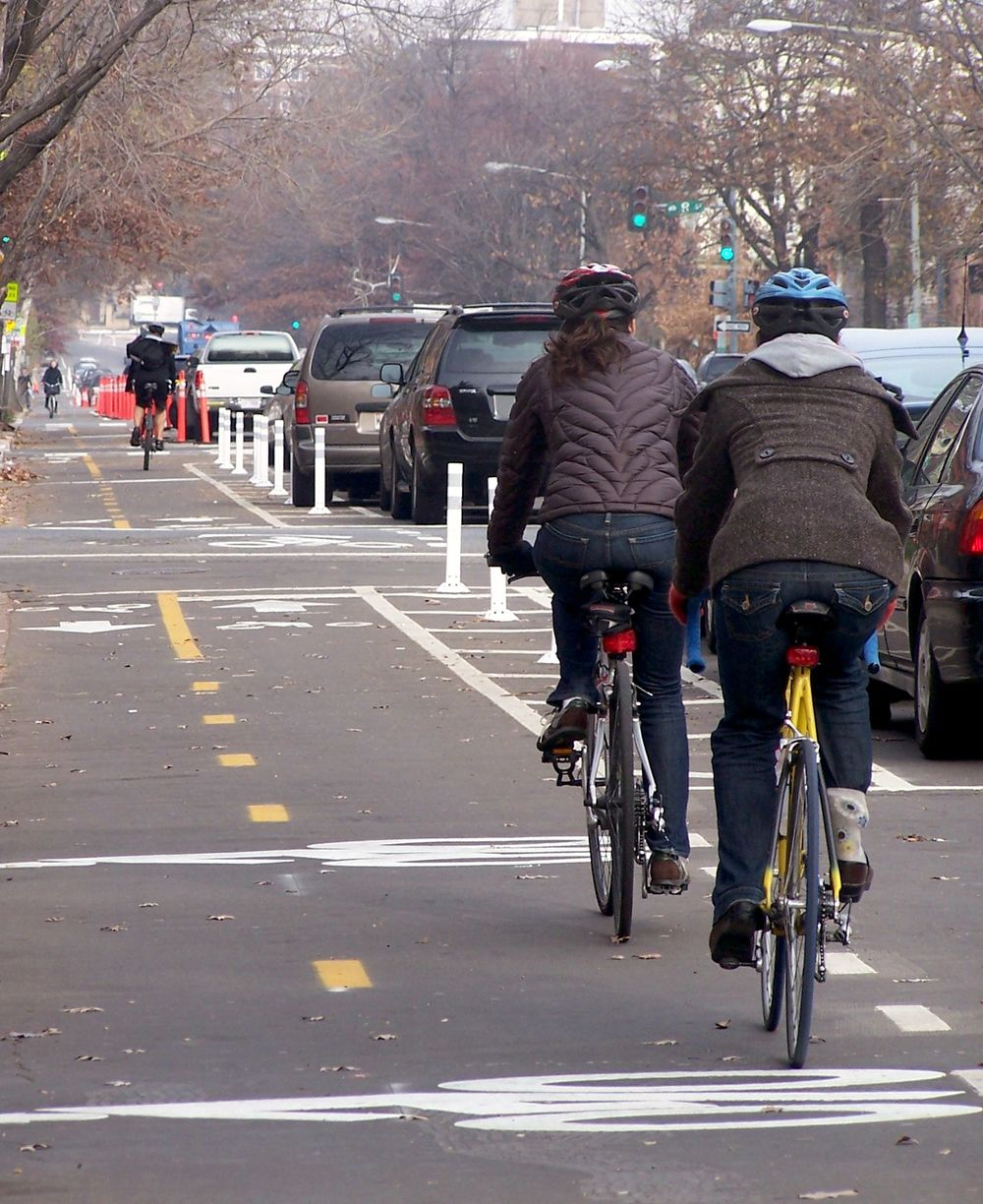 A cycle track in Washington, D.C. Photo courtesy of Paulo Couto and Heather Deutsch