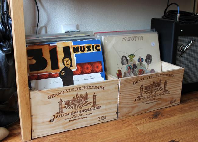 wine_crates_to_store_vinyl_records.jpg