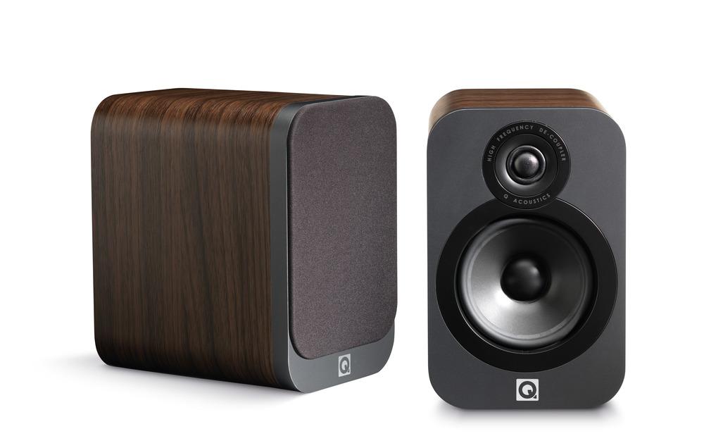 q-acoustics-3020-speakers.jpg