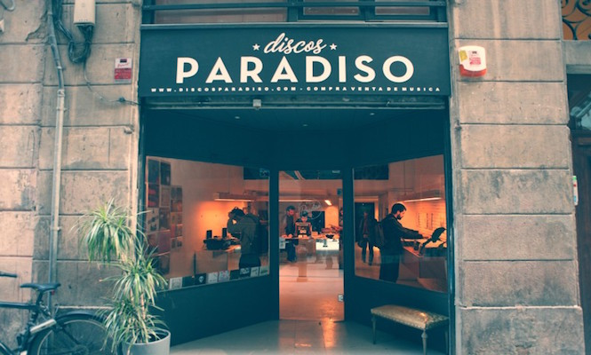 Discos Paradiso /Photo via Lost And Found Cities