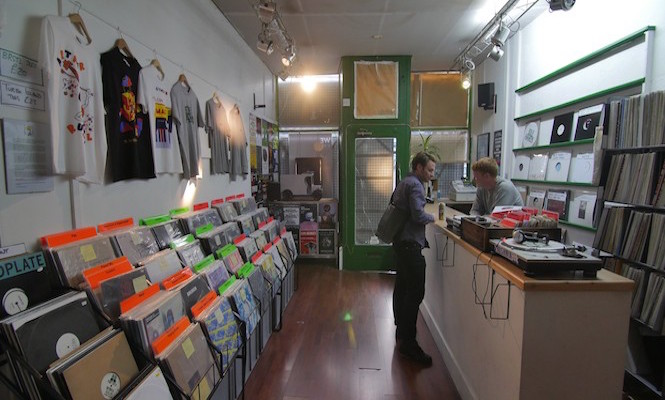 Idle Hands / Photo via The Vinyl Factory