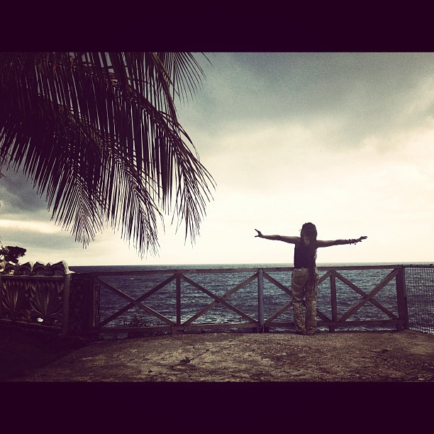 Feel free #InstaSize #freedom #sea #sky #jacmel #haiti #haititourism #hrmarsan #cineinstitute