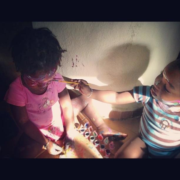 Classe de peinture#InstaSize #art #twins #love #handcraft #twinslife #siblings