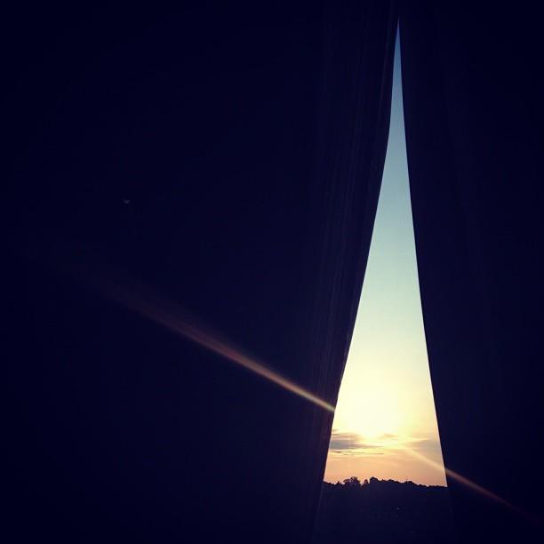 GOod morning #sunrise #morning #hotel #room