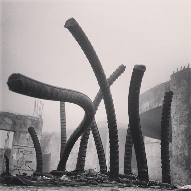 Acier #structure #architecture #iron #fer #bnw