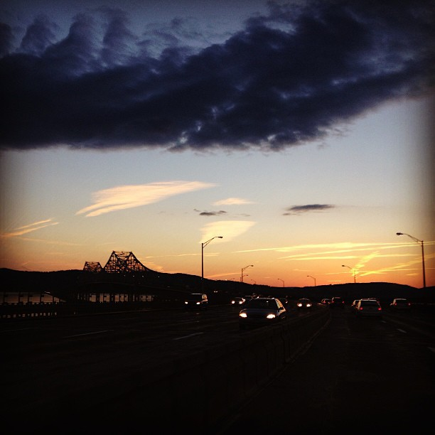 Sunrise #bridge #road #landscape #car #roadtrip #NY #sunrise  (at Tarrytown, NY)