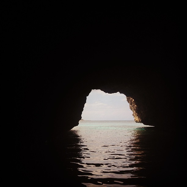 Passage en Mer #gate #haiti #haititourism #inspired #cave #sea #molestnicolas #ayitise #thankyou #landscape