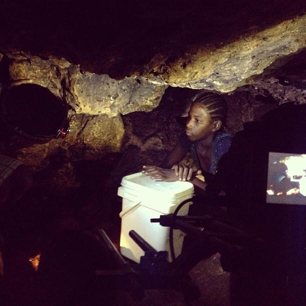 A la recherche de l'eau #grotte #cave #darkness #nolight #ayitise #molestnicolas #filming #canon #lowlight #inspired #graphcity