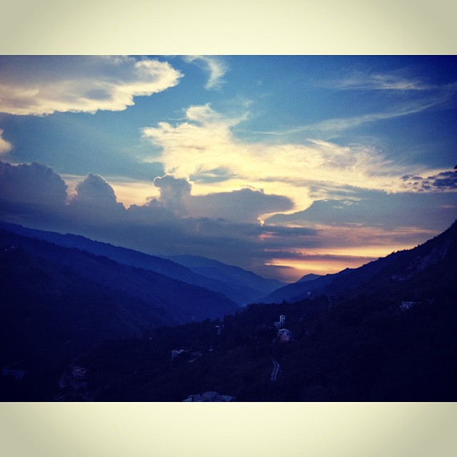 Mountain romance #landscape #haiti #mountains #sunset #clouds #filming #commercial #InstaSize (at Laboule 12)