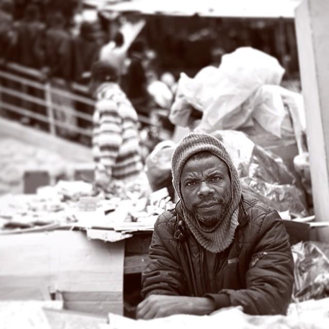 La survie #merchant #haiti #street #work #hrmarsan #bnw #photography #portrait #nikondD700