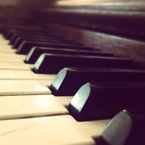 Black and white #piano #music #instrument #note #sound #sunday #morning