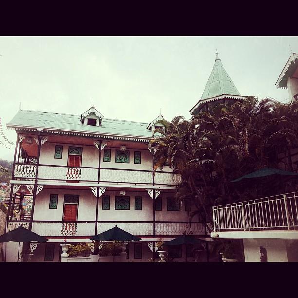 Kinam Hotel #hotel #haiti #InstaSize #HaitiTourism #petionville #architecture  (at Hotel Kinam, Petionville, Haiti)
