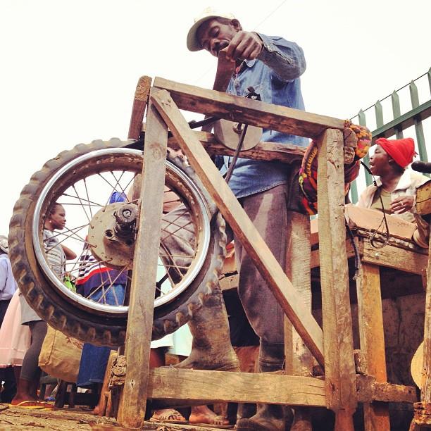 Filè kouto #haiti #mache #businessman    (at Kenscoff)