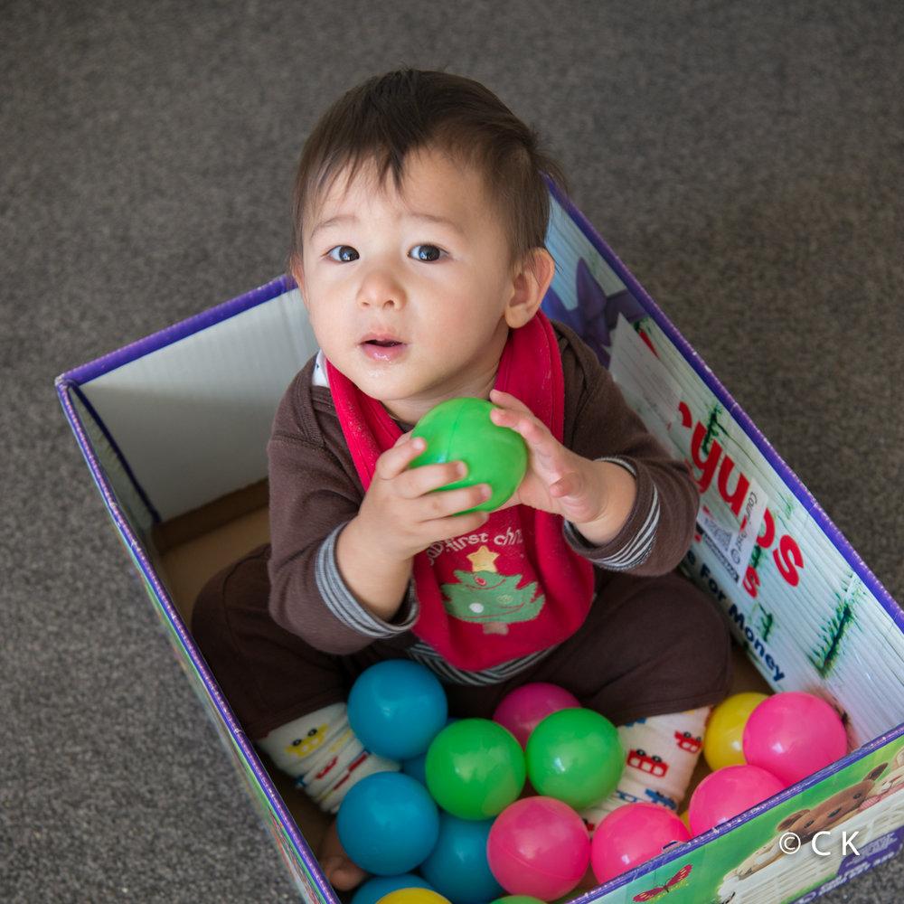 9 mois - Mon mini parc à boules