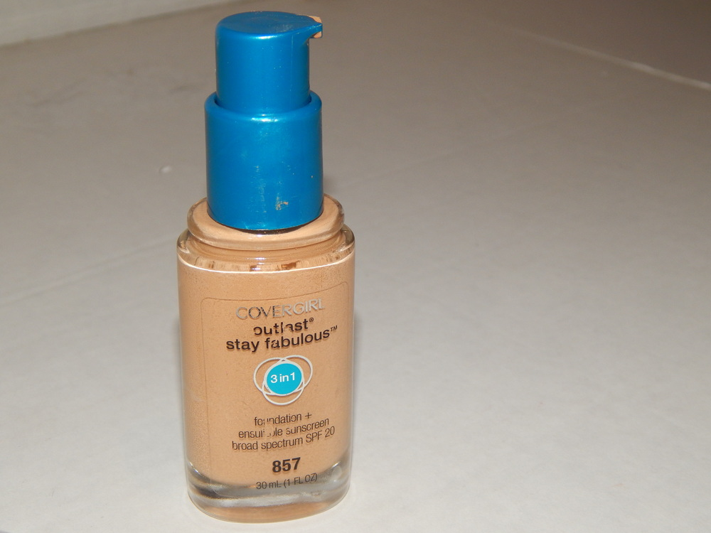 Covergirl Outlast Stay Foundation 3 in 1