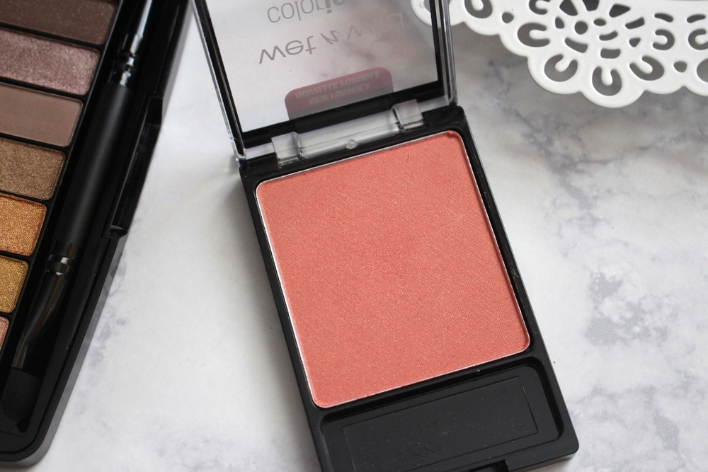 Wet n Wild Coloricon Blush in Pearlescent Pink.JPG