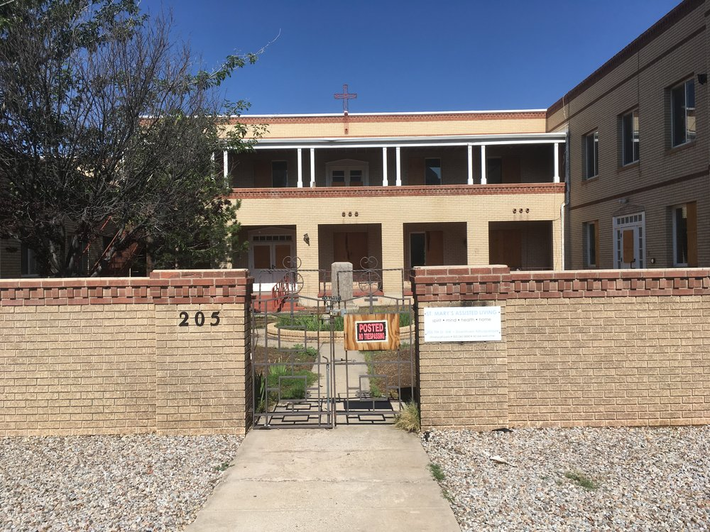 An empty former convent in Albuquerque, New Mexico. Photo by the author.