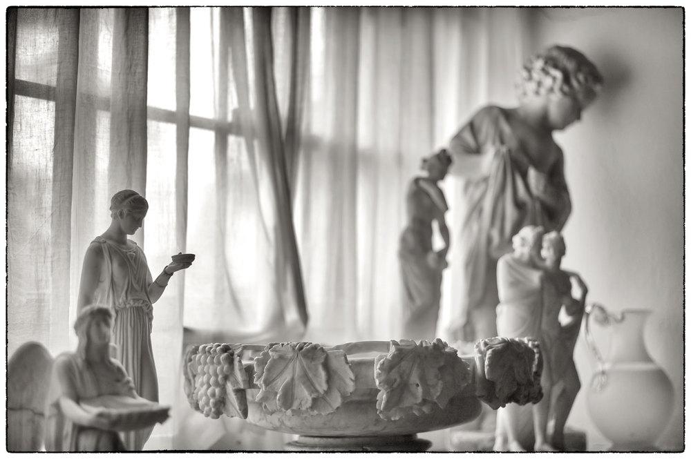Statues on the windowsill, Erddig.