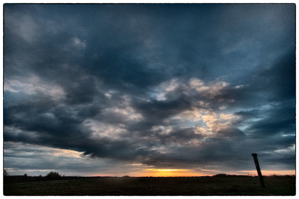 Sunrise, Alyn Waters. Taking advantage of the fact that sunrise is nice and late at 7.30am.
