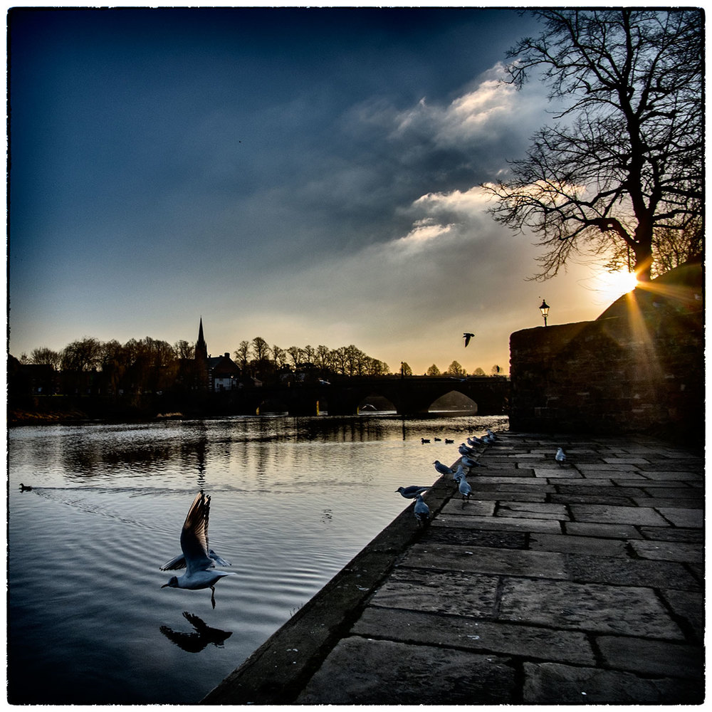 Looking towards the weir on the River Dee, Chester.