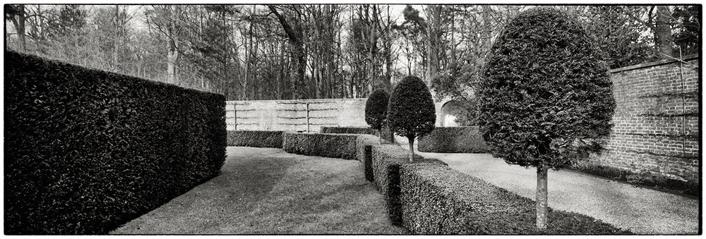 Topiary at Erddig. Another test shot from the 617.