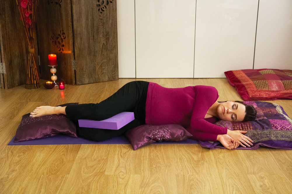 holly-matthews-pregnancy-yoga-and-relaxation.jpg