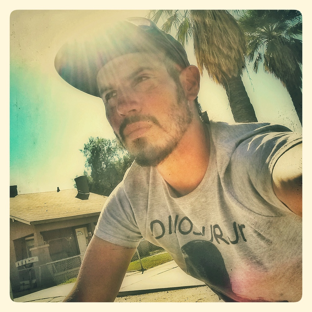 (This photo of Manny was taken in Phoenix, AZ)