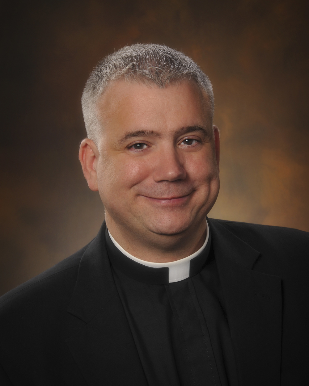 Riveting, humorous priest brings insight to reconciliation and surrender