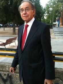 Don Luis RODRÍGUEZ RAMOS, Catedrático de Derecho Penal. Abogado.