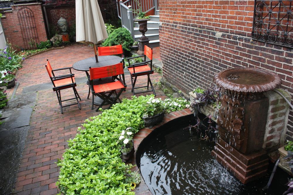 courtyard 12.jpg