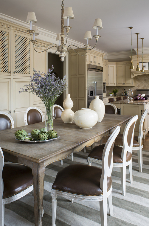 Kitchen by Wendy Labrum Interiors, LLC.