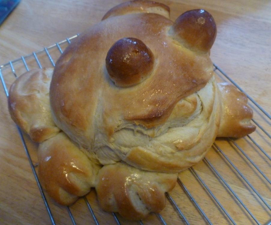 frogbread.JPG