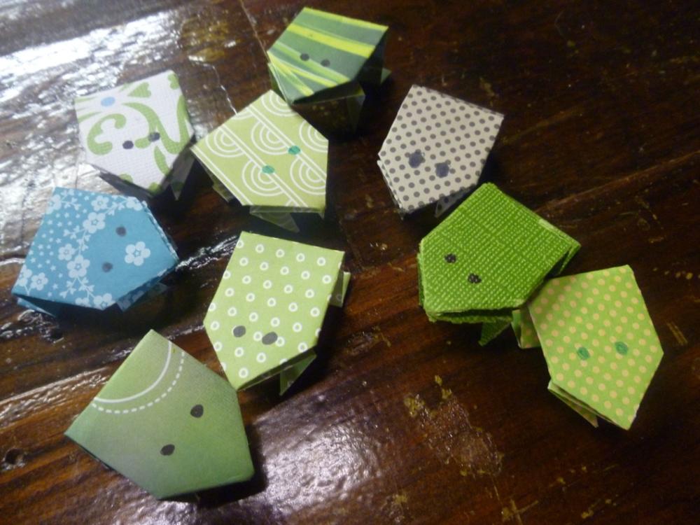 origamifrogs.JPG