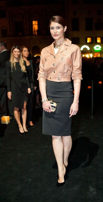 Gemma Arterton gucci museum-1.jpg