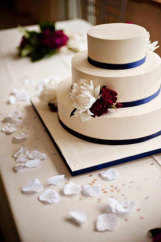 Szabo-Solorio cake.jpg