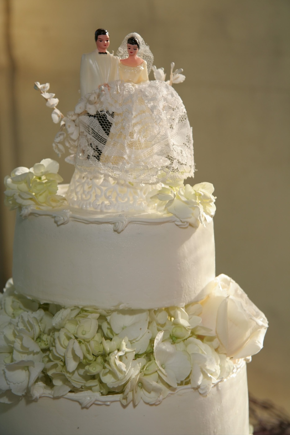 Vashon Island Baking Company wedding cake