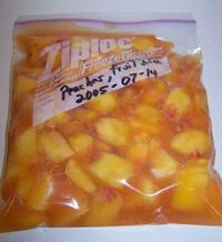peachesziploc.jpg