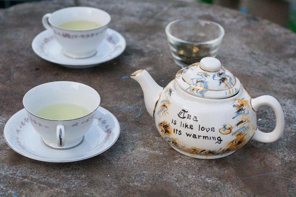 Thé du Hammam fruity green tea from Palais des Thes, vintage teaware