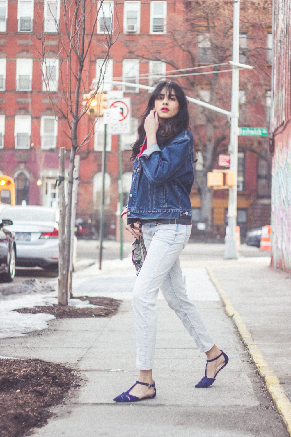 denim spring outfit