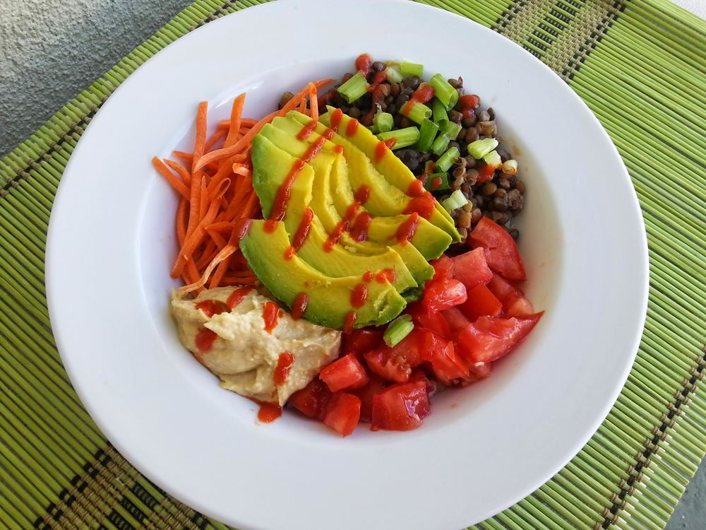 foodie_friday_jessica_lauren_debry_veggie_lentil_power_bowl