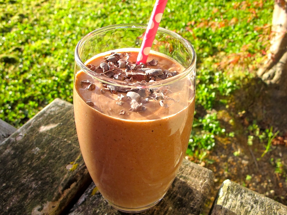 friday-foodie-sarah-potter-chocolate-mousse-smoothie