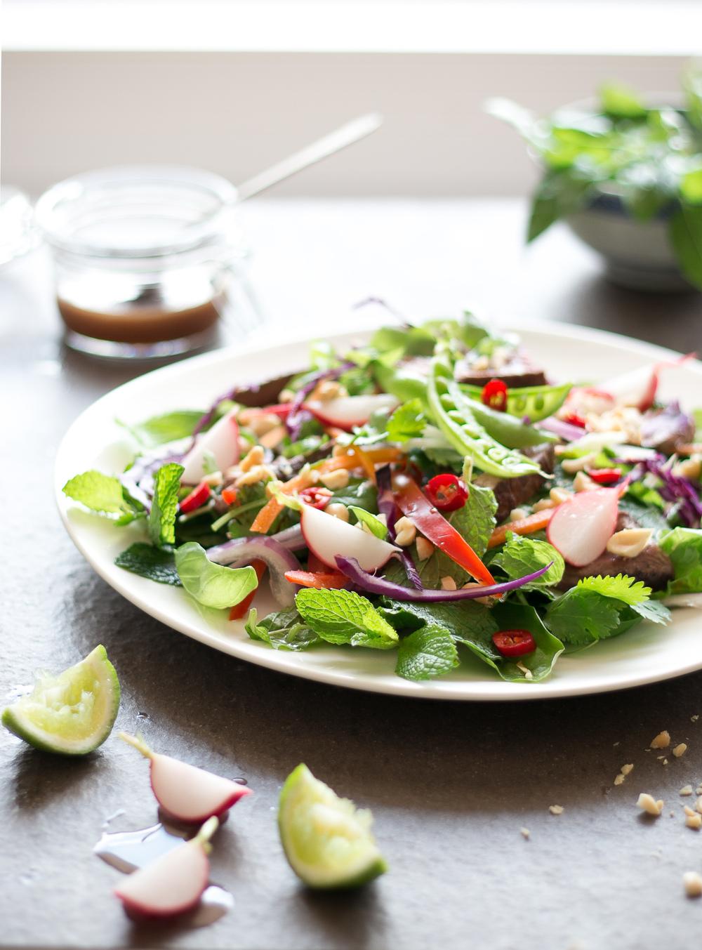Friday-foodie-jo-anderson-thai-beef-salad