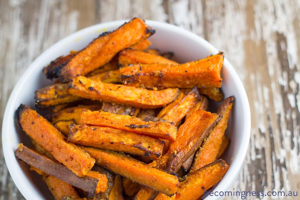 baked-garlic-butter-sweet-potato-fries